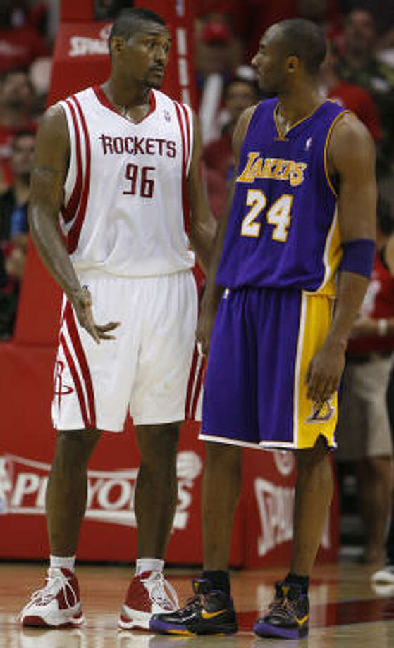 Ron Artest was ejected from Game 2 of the last season's Western Conference semifinals after a confrontation with Kobe Bryant, his teammate this year on the Lakers. Photo: Brett Coomer, Chronicle