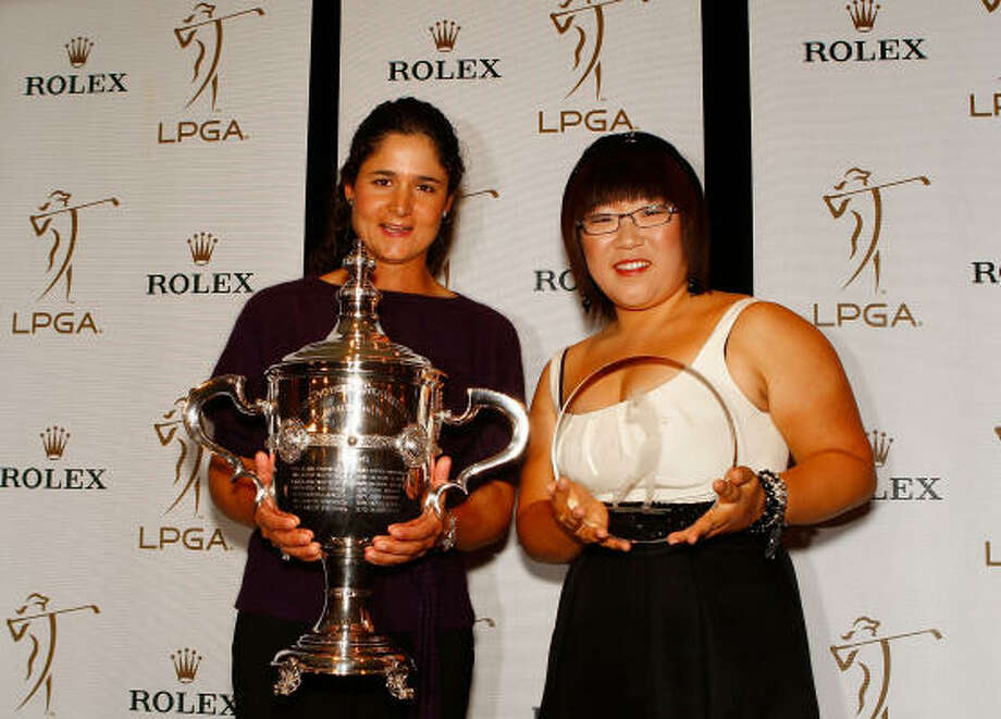 Lorena Ochoa, winner of the 2009 Player of the Year, and Jiyai Shin, winner of the 2009 Louise Suggs Rookie of the Year, pose at the 2009 Rolex LPGA Awards Reception. Photo: Scott Halleran, Getty Images
