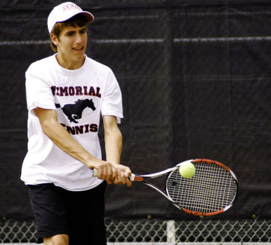 Memorial's Adam Putterman has only four losses, all to teammate Jonathan Chang. Photo: Terry Carter