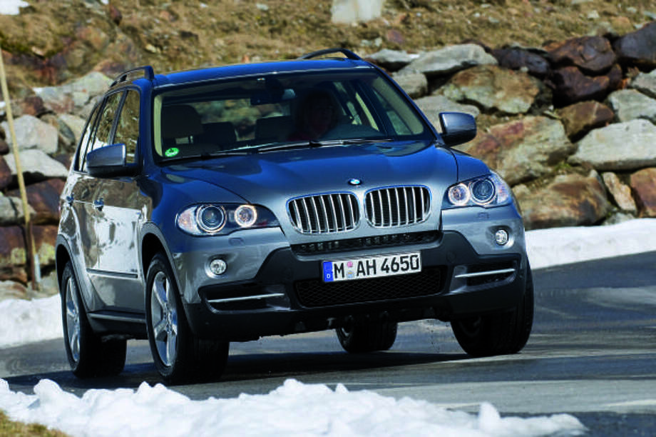 BMW's 2009 X5 xDrive 35d is base priced at $51,200. It's a diesel-fueled vehicle utilizing the enhanced efficiency and performance of BMW's Advanced Diesel with BluePerformance Technology. Photo: Tom Kirkpatrick