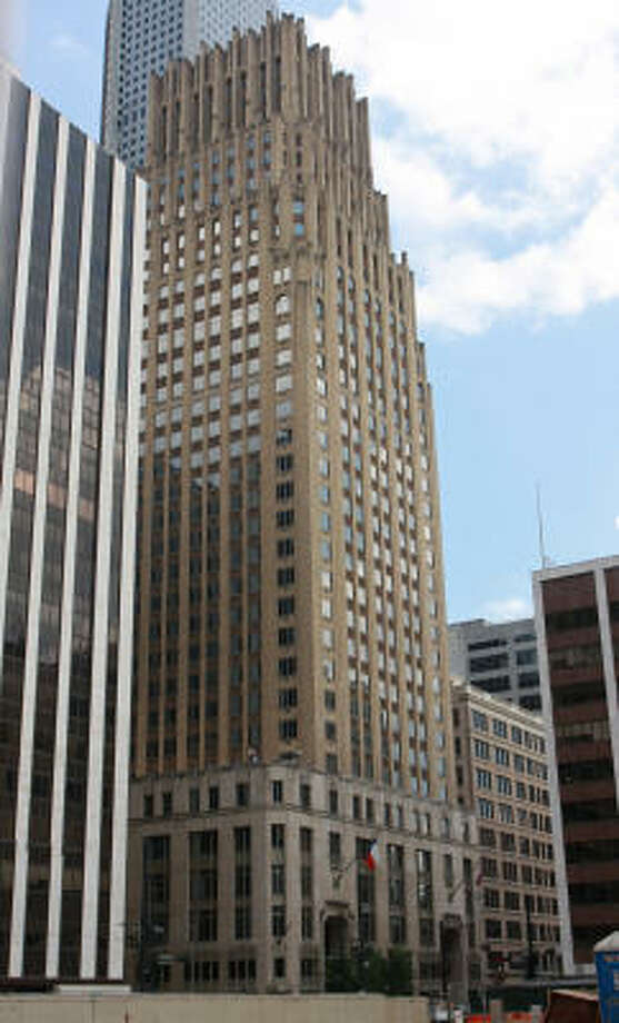 The JPMorgan Chase building at 712 Main, now an art deco landmark downtown, was once the tallest in Houston. (Note: An input error caused an incorrect photo to appear online earlier.) Photo: Gary Fountain, For The Chronicle