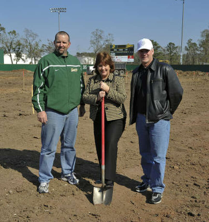 San Jacinto College North officials at a groundbreaking ceremony at John Ray Harrison Field included Tom Arrington, head baseball coach (left). Delays forced San Jacinto into an all-road schedule. Photo: Rob Vanya