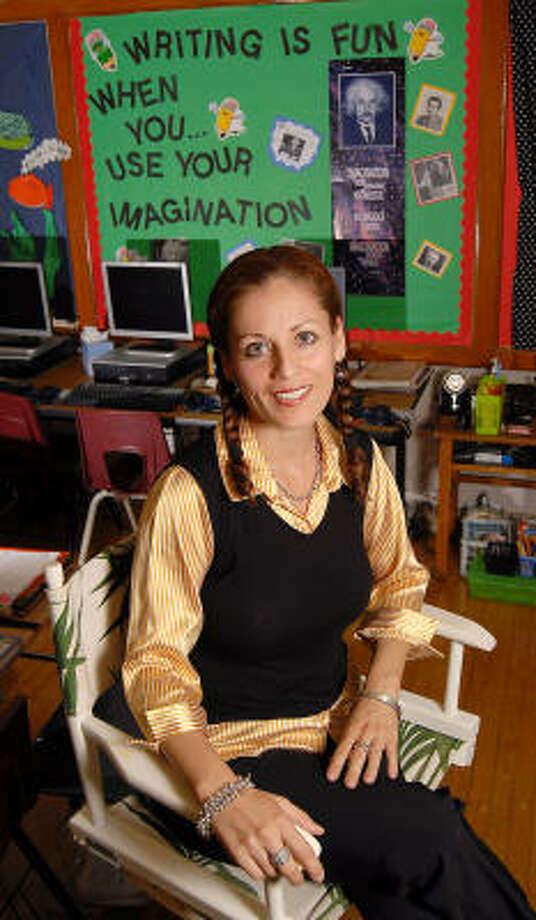Marie Elena Cortés, en su clase de Golfcrest Elementary School. Photo: Dave Rossman, Para La Voz