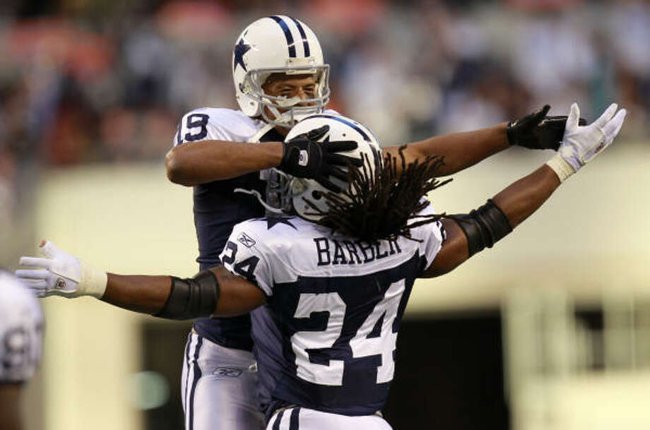 Dallas Cowboys wide receiver Miles Austin (19) celebrates his touchdown with running back Marion Barber (24). Photo: Erich Schlegel, AP