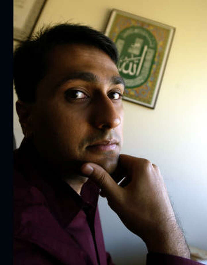 Eboo Patel, devout Muslim with a vision of interfaith cooperation, says he draws inspiration from the Dalai Lama, Martin Luther King Jr. and Catholic activist Dorothy Day. Photo: ZBIGNIEW BZDAK, CHICAGO TRIBUNE