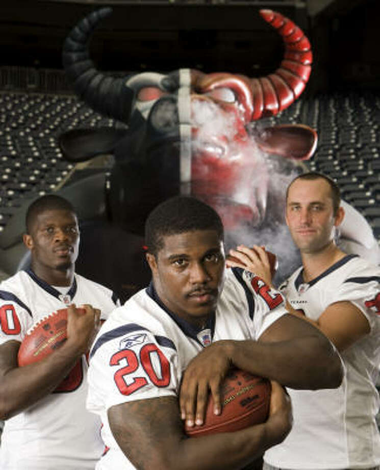 It's no secret the Texans will put their offensive trust in, from left, Andre Johnson, Steve Slaton and Matt Schaub. Photo: Brett Coomer, Chronicle