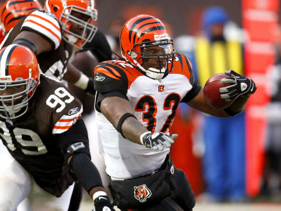Cedric Benson signed with Cincinnati last season and rushed for 747 yards in 10 starts. Photo: Gregory Shamus, Getty Images