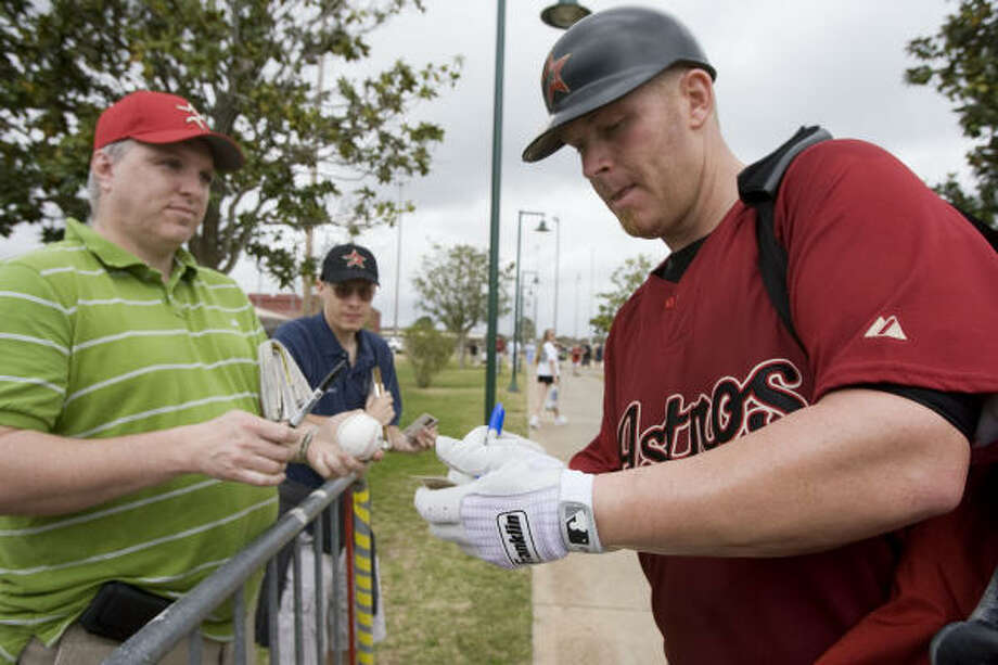 Toby Hall will miss at least a month of spring training while resting his right shoulder. Photo: James Nielsen, Houston Chronicle