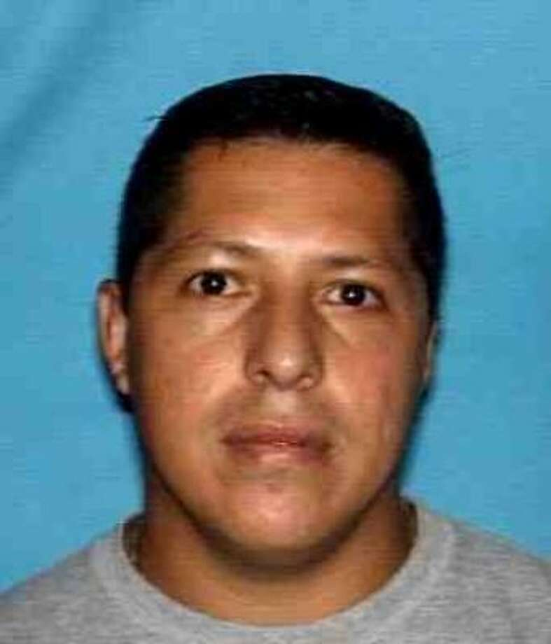 Police said that Ruben Ponce Perdomo, 35, is charged with murder in the slaying of Angelica Crisostomo Alor, 28, in the 6000 block of Hillcroft about 4:30 a.m. Saturday. Photo: HPD