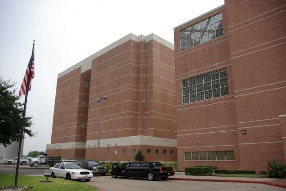 The new seven-story jail tower is connected to the existing Fort Bend County jail tower. Photo: Courtesy, Fort Bend County