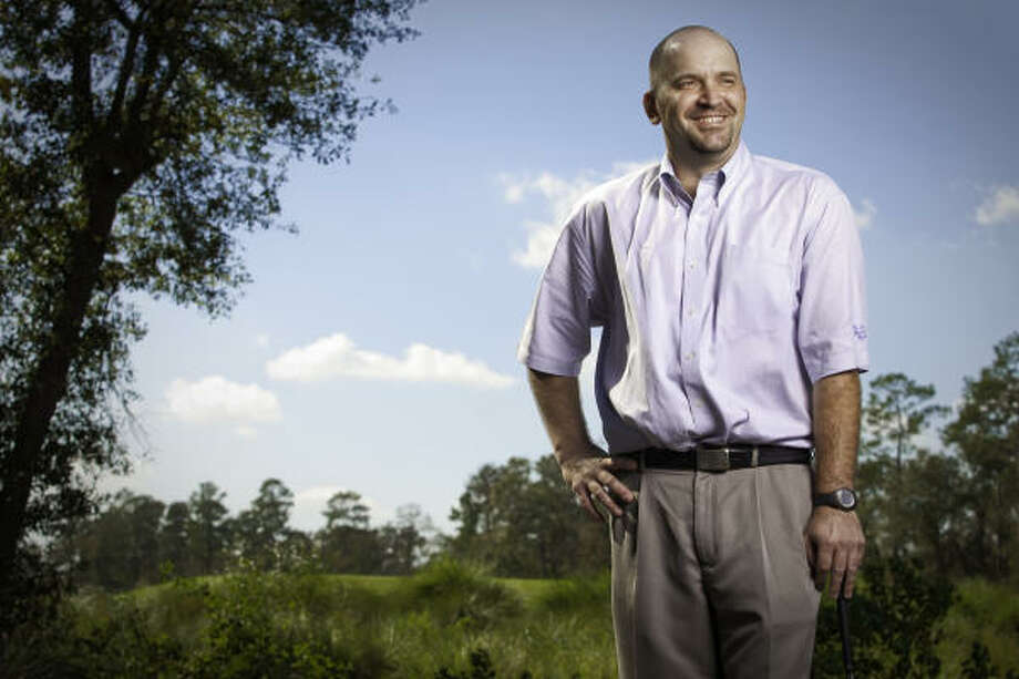 Bill Walker has been working with the Houston Golf Association for the past eight years. Photo: TODD SPOTH, For The Chronicle