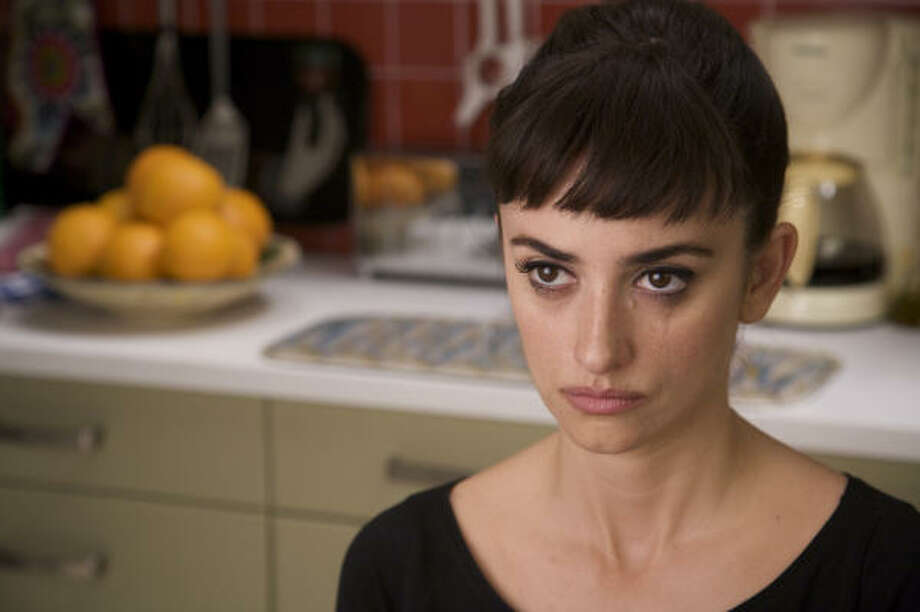 "Penelope Cruz stars in Pedro Almodovar's ""Broken Embraces"". Photo: Sony Pictures Classics"
