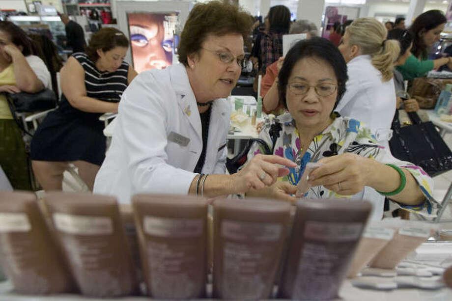 Three Macy's stores closing in Houston