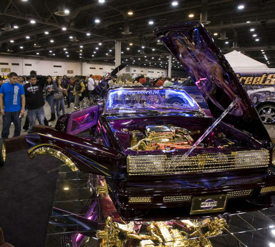 Lowriders Provide High Note For Houston Car Fans