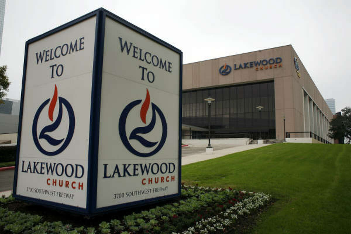 A spokesman for Lakewood, which sits on seven acres along the Southwest Freeway, said church officials are discussing a sale.