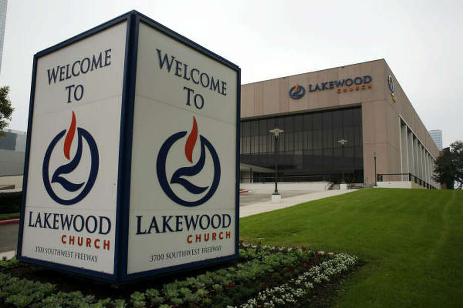 A spokesman for Lakewood, which sits on seven acres along the Southwest Freeway, said church officials are discussing a sale. Photo: Eric Kayne, Chronicle