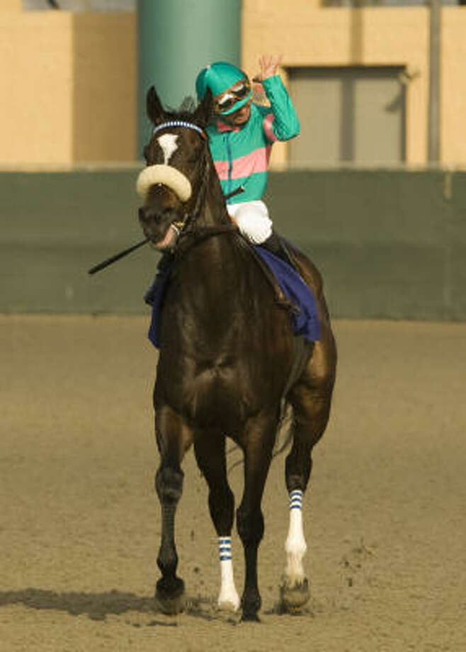 Zenyatta is 12-0 after winning the Clement L. Hirsch Stakes at Del Mar on Sunday. Photo: AP