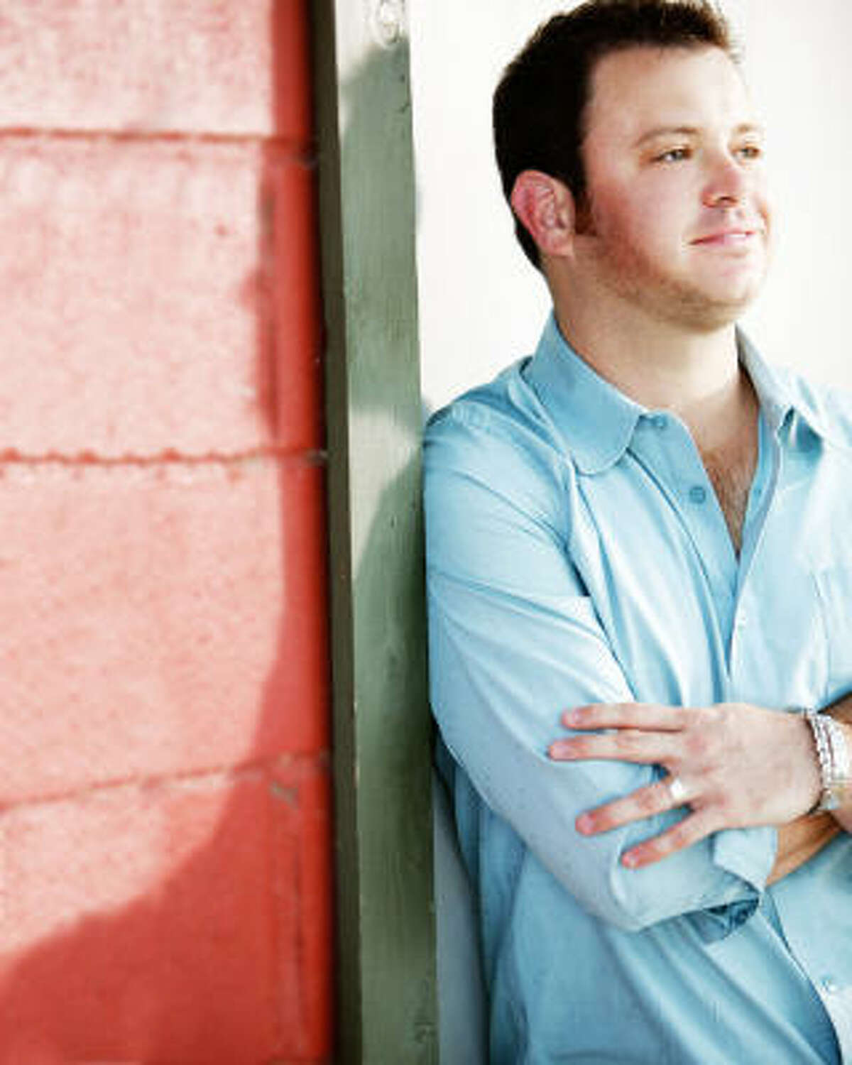"""Texas singer Wade Bowen says his current album, If We Ever Make It Home, """"is about being happy with your life, even within all that's going on inside and around us. It reflects my hope that there's a better future for us all and finding a better place, a peaceful place, while the world seems as if it's going in the other direction."""""""