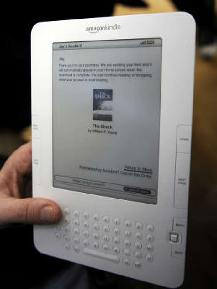 Kindle 2 beats the original, but still carries a hefty price tag. Photo: EMMANUEL DUNAND, AFP/Getty Images