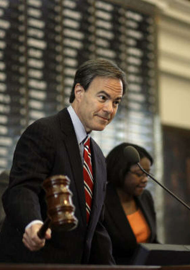 Texas House Speaker Joe Straus, R-San Antonio, opens the first day of the special session of the 81st Texas Legislature on Wednesday. Photo: Harry Cabluck, AP