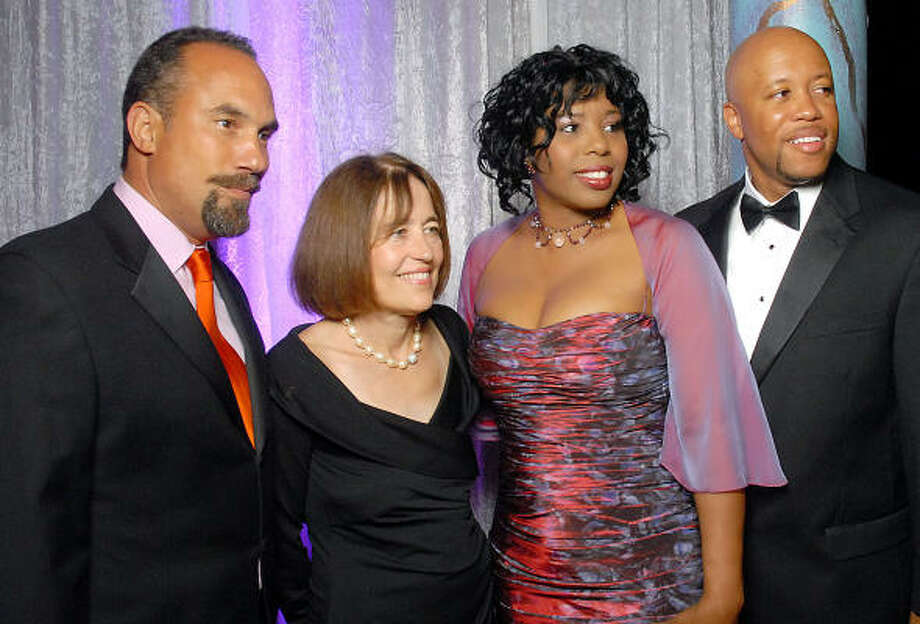 Actor Roger Guenveur Smith, from left, and Andrea White joined Ensemble Theatre gala chairs Argentina James and Hasting Stewart in the spotlight at the Hilton Americas Houston. Photo: Dave Rossman