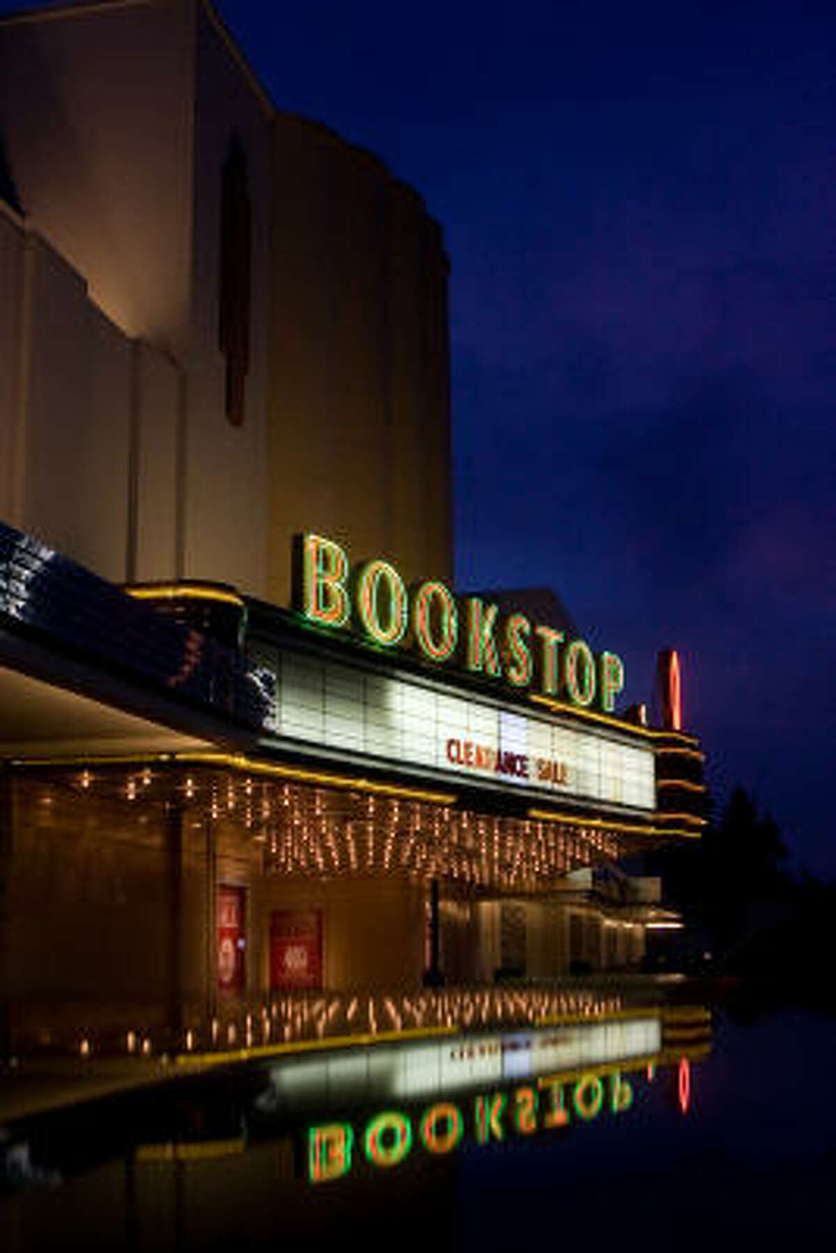 The Alabama Theatre Bookstop, at 2922 S. Shepherd, is set to close on Sept. 15. A new Barnes & Noble location will open on West Gray on Sept. 16.