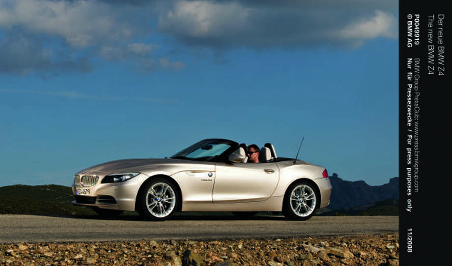 BMW's new-for-2009 Z4 two-seater features classic roadster proportions with its long hood, long wheelbase, large wheels and short overhangs.