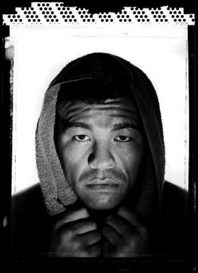 Arturo Gatti was found dead in a hotel room at the seaside resort of Porto de Galinhas in northeastern Brazil on Saturday, July 11. He was 37. Photo: Al Bello, Getty Images