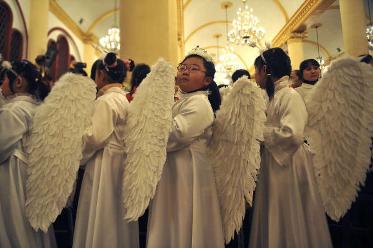 8: Hark! The Herald Angels Sing