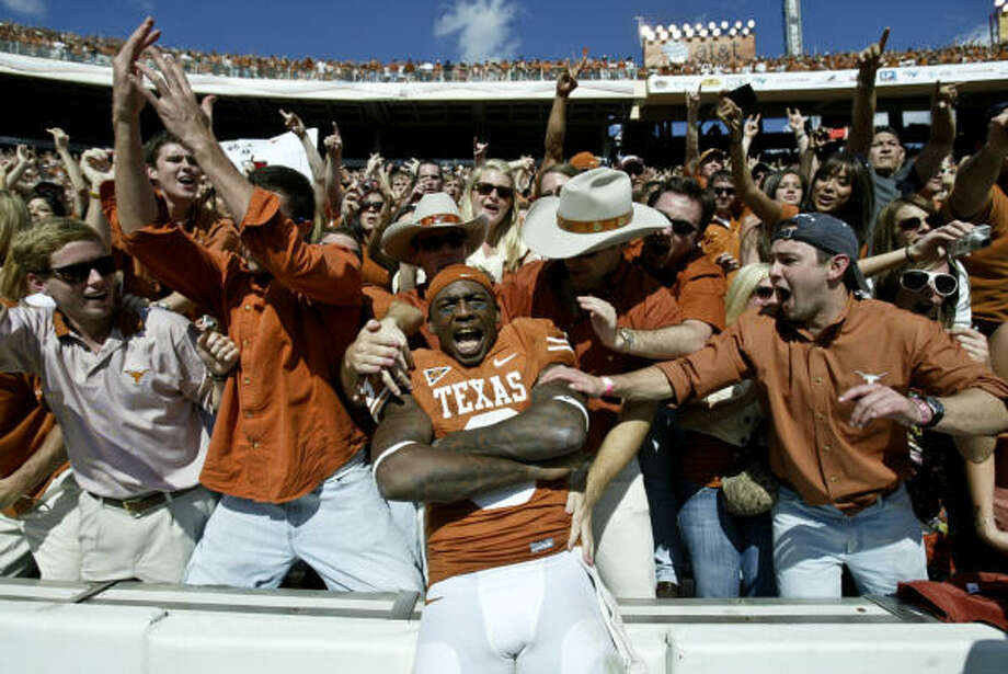 1.Texas Longhorns  Team value: $119 million Profit: $59 million  Previous value rank: 2 Photo: Billy Smith II, Chronicle
