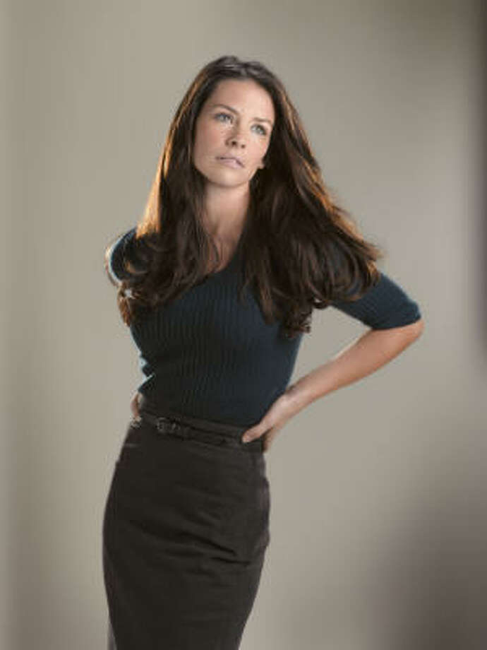 Sexiest when she runs in the jungle: Evangeline Lilly Photo: BOB D'AMICO, ABC