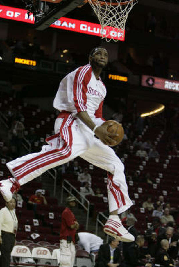 Rockets forward Tracy McGrady played for the first time since Feb. 9. He underwent microfracture surgery on his left knee Feb. 24 and spent the next nine months rehabbing in Chicago. Photo: Billy Smith II, Chronicle