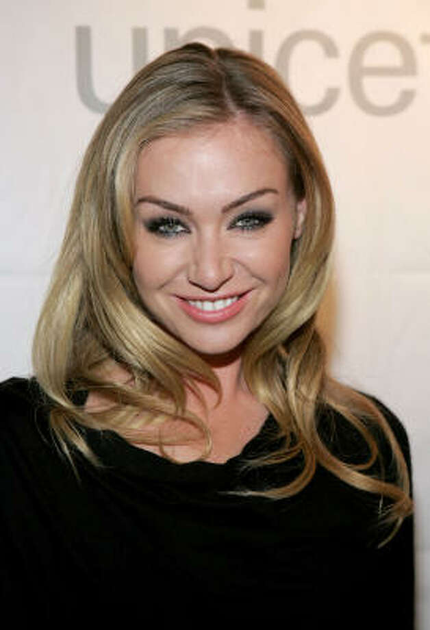 Actress Portia de Rossi talked about her eating disorders on