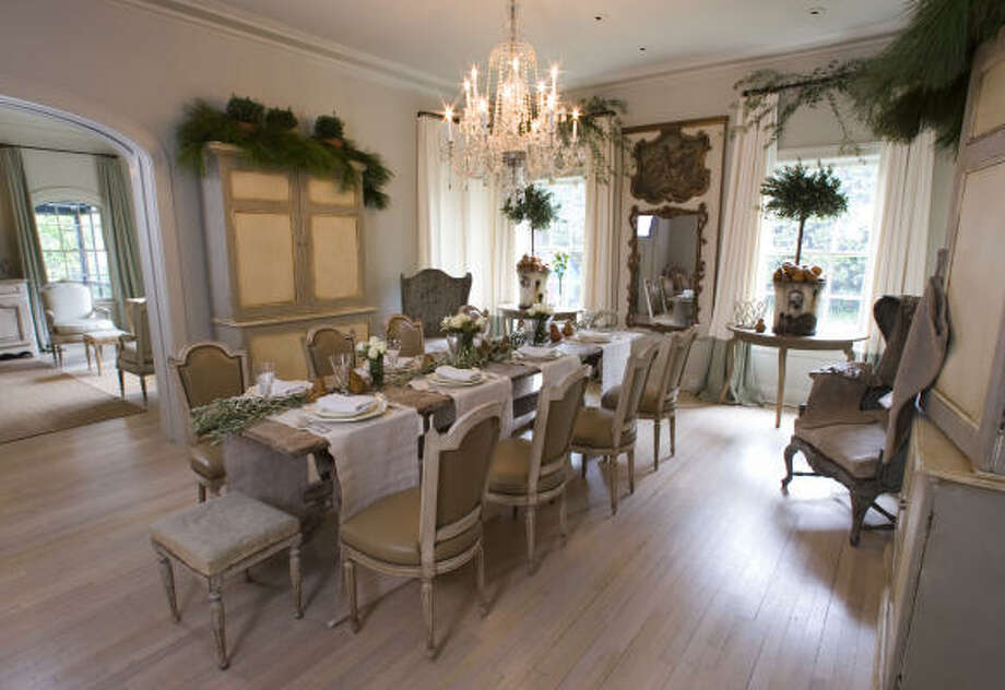 Pam Pierce of Pierce Designs knows how to bring a neutral palette to life. Photo: Brett Coomer, Houston Chronicle