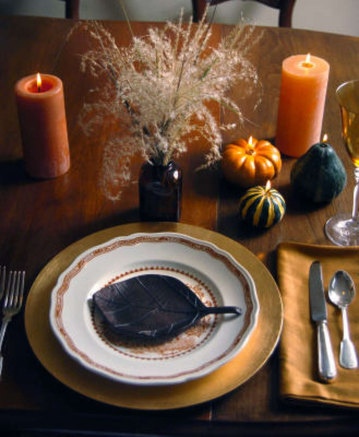 Miscanthus blooms This tablescape | Holiday topiaries | Moss wreath | Other people's wreaths :: HoustonGrows.com