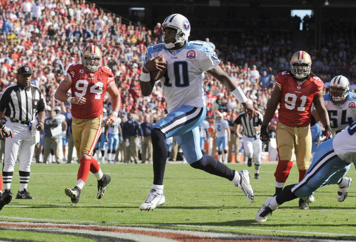 Nov. 8, 2009: Quarterback Vince Young (10) threw for 172 yards and had a touchdown run to lead the Titans past the 49ers, 34-27.