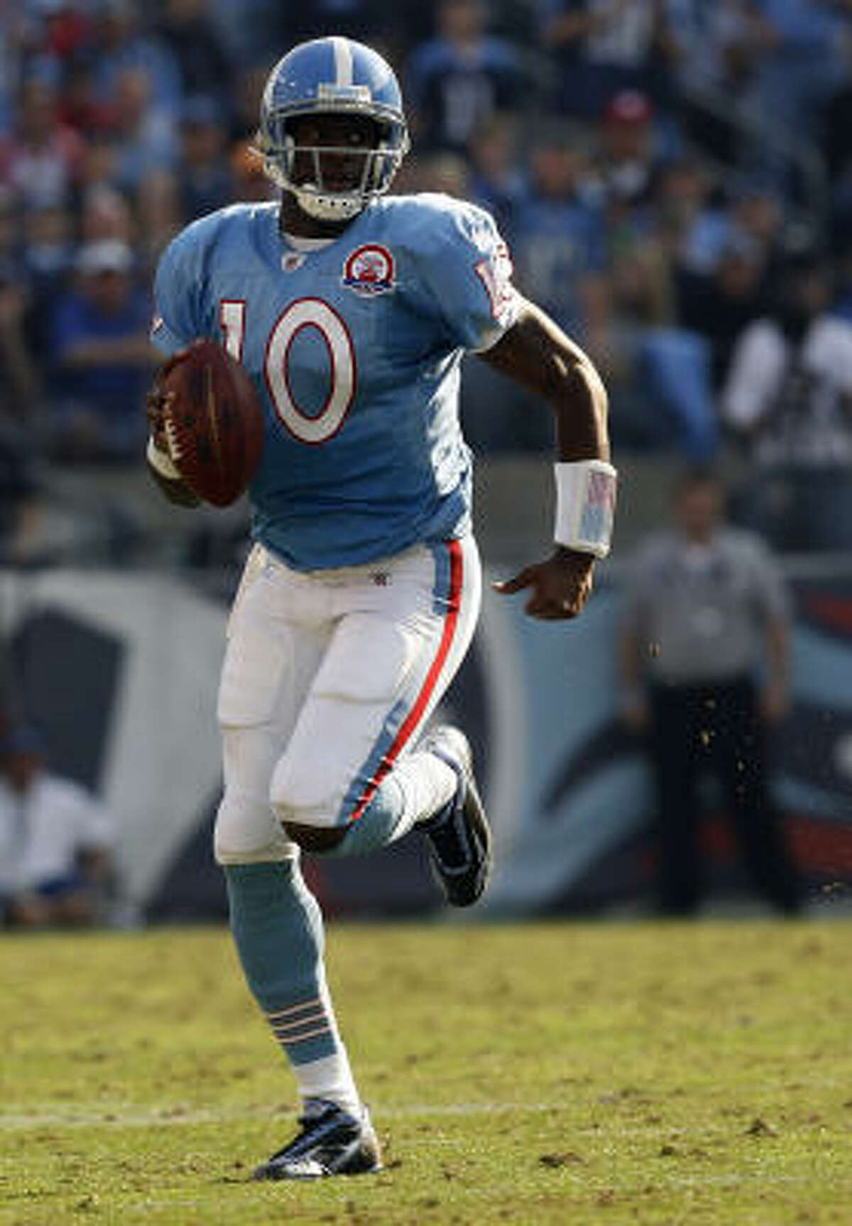 Nov. 15: Titans 41, Bills 17 Titans quarterback Vince Young threw for 210 yards and a touchdown.