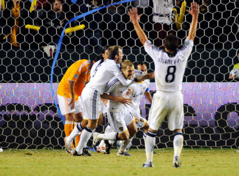 Los Angeles' Gregg Berhalter scored in the 13th minute of overtime to send the Galaxy to a 2-0 win over the Dynamo in the Western Conference final in Carson, Calif. Photo: Kevork Djansezian, Getty Images