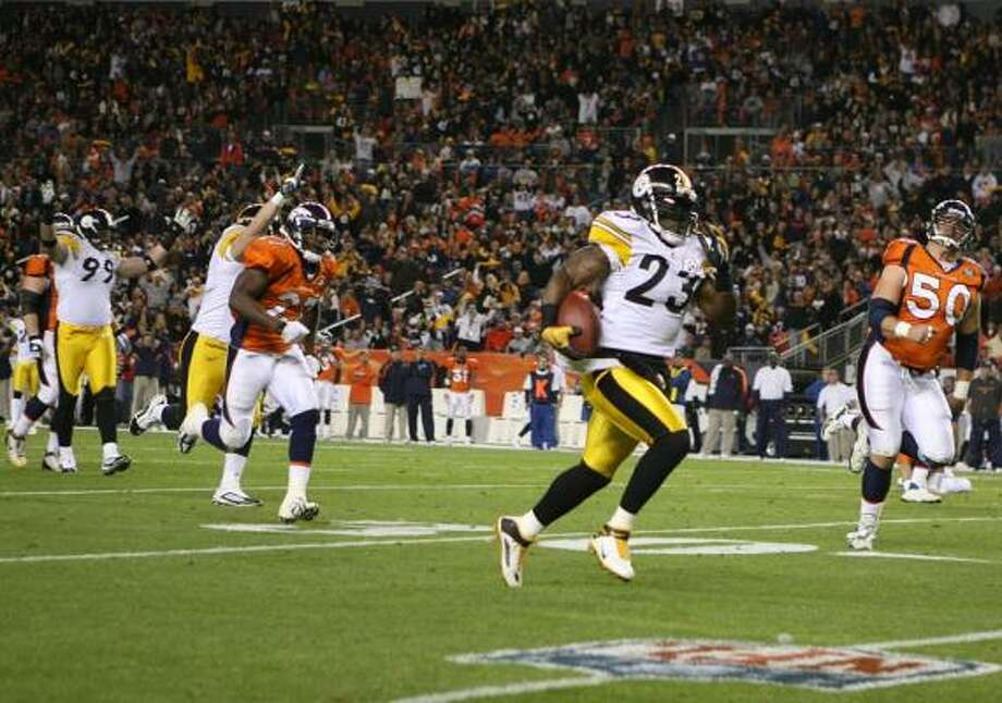 Nov. 9: Steelers 28, Broncos 10Steelers safety Tyrone Carter (23) intercepted two of the three picks thrown by Broncos quarterback Kyle Orton. Photo: Doug Pensinger, Getty Images