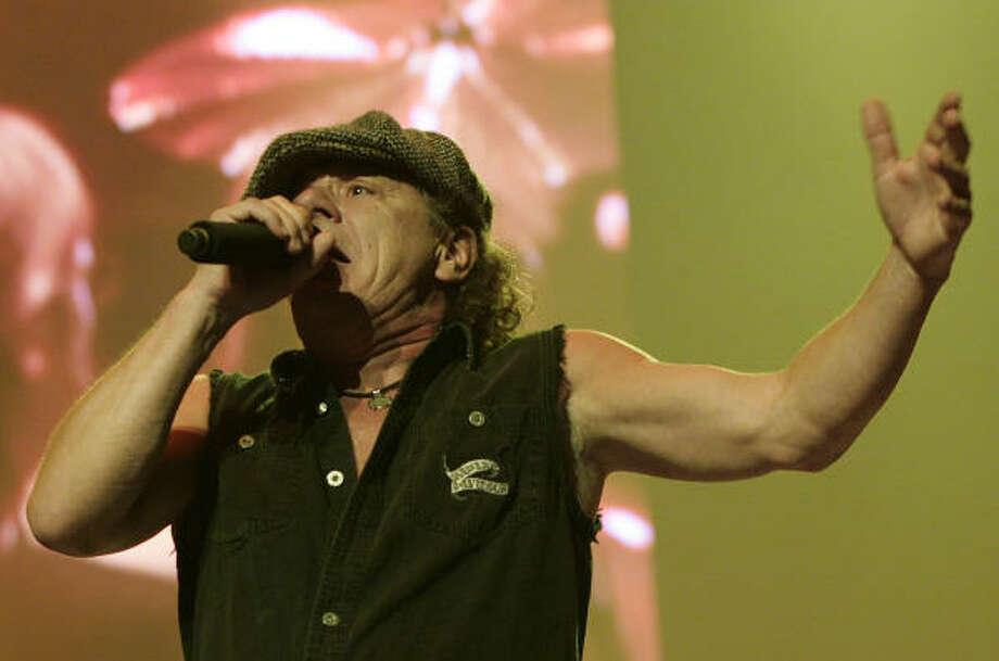 Lead vocalist Brian Johnson Photo: Mayra Beltran, Chronicle