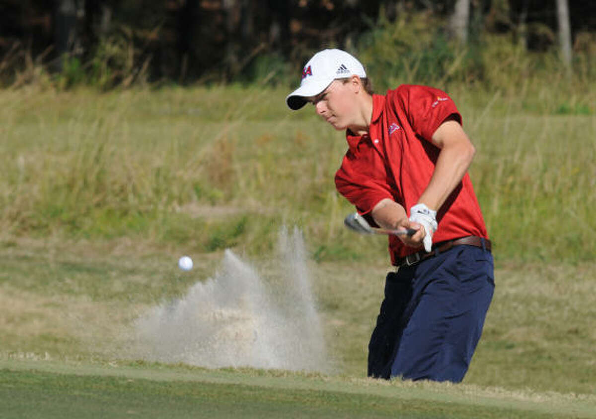 U.S. team member Jordan Spieth, 16, a junior at Dallas Jesuit, follows his bunker shot on the par-5 sixth hole.