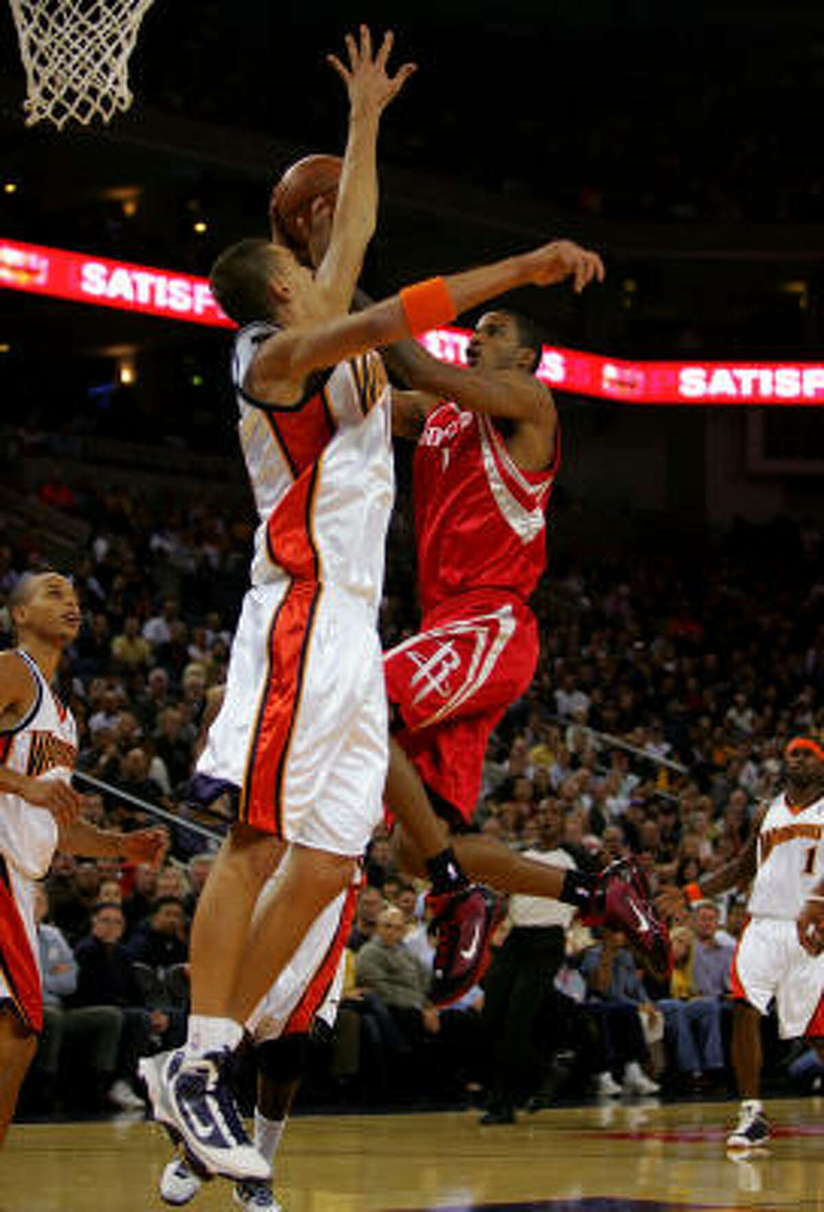 Trevor Ariza goes up for a shot early in the game. Ariza scored 14 points in the first quarter and 25 for the game.