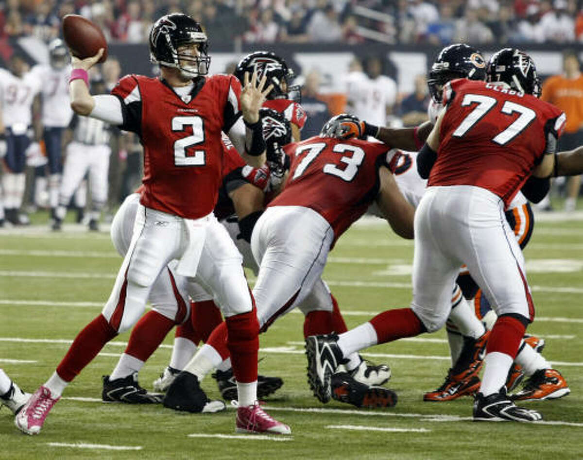 Oct. 18: Falcons 21, Bears 14 Falcons quarterback Matt Ryan (2) threw for 185 yards and two touchdowns to help Atlanta improve to 4-1.
