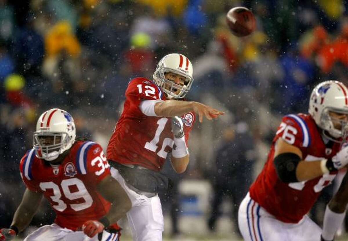 Oct. 18: Patriots 59, Titans 0 Patriots quarterback Tom Brady (12) threw for 380 yards and six touchdowns. He set an NFL record with five touchdown passes in the second quarter.