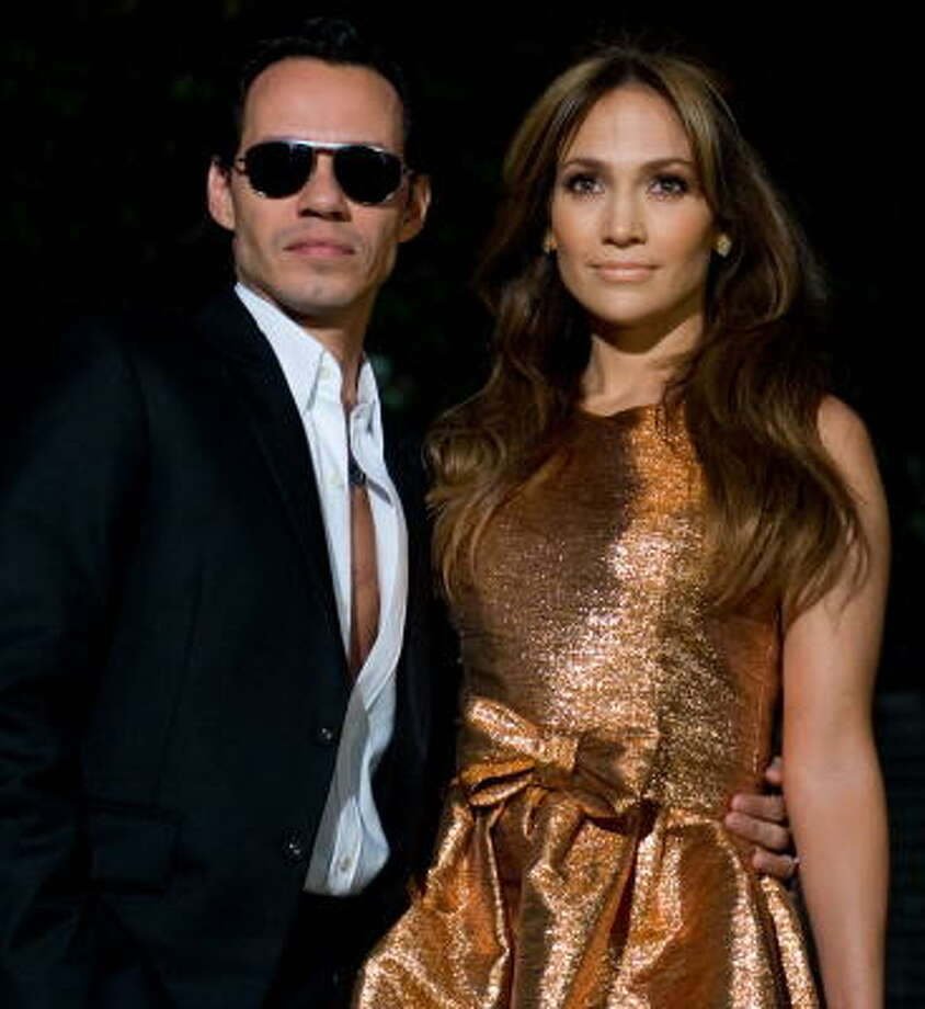 Does Jennifer Lopez have naturally thick and beautiful hair or does she pay for it? Photo: SAUL LOEB, AFP/Getty Images