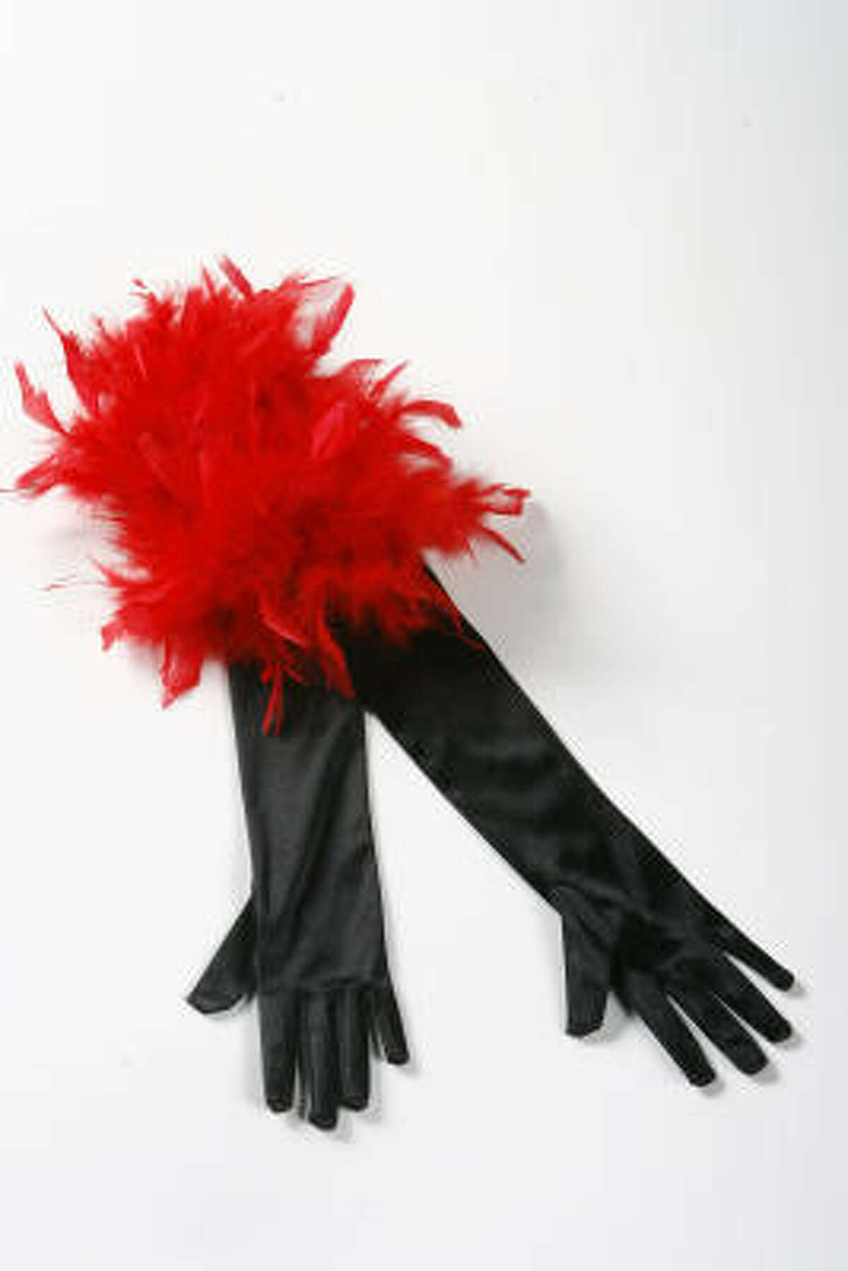 Arm yourself against fashion ghouls and goblins with these sexy gloves.