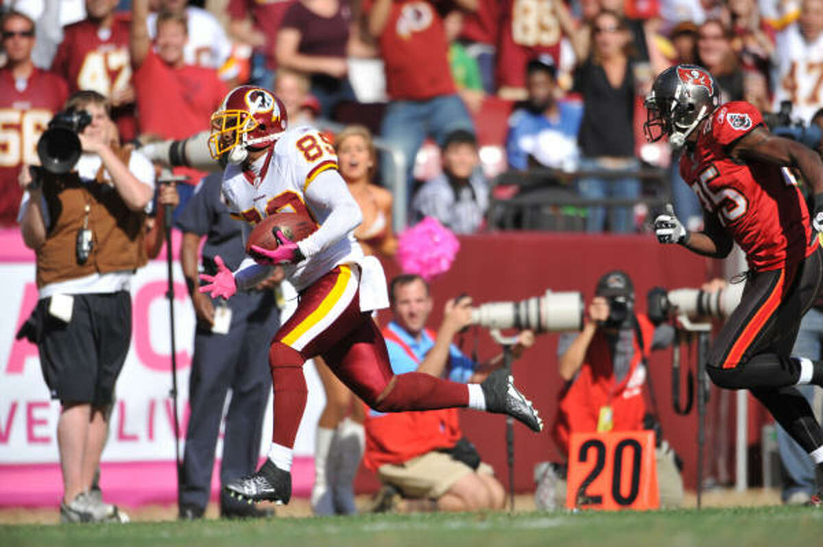 Oct. 4: Redskins 16, Buccaneers 13 Redskins wideout Santana Moss (left) caught a 59-yard touchdown pass in the third quarter to put Washingtomn ahead for good.