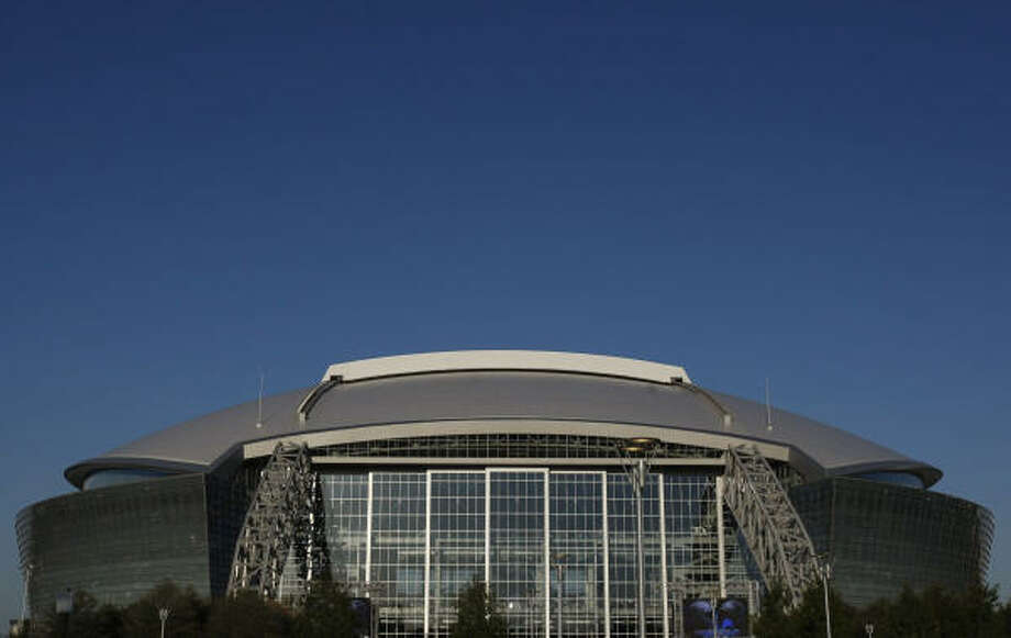 AT&T Stadium in Arlington will host all of the Texas public school state championship games in 2013. Photo: Ronald Martinez, Getty Images