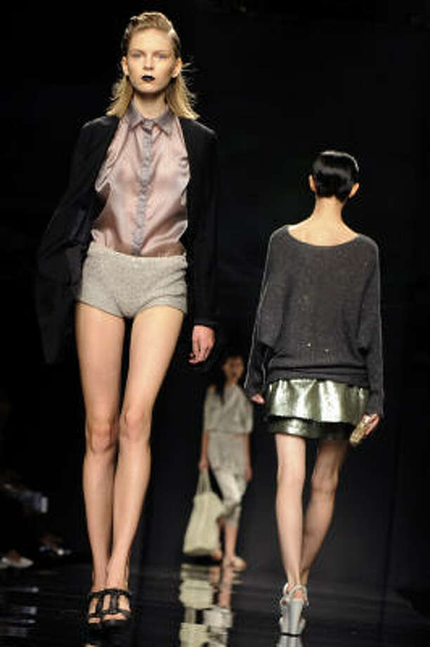 Anteprima Spring/Summer 2010 ready-to-wear collection Photo: DAMIEN MEYER, AFP/Getty Images