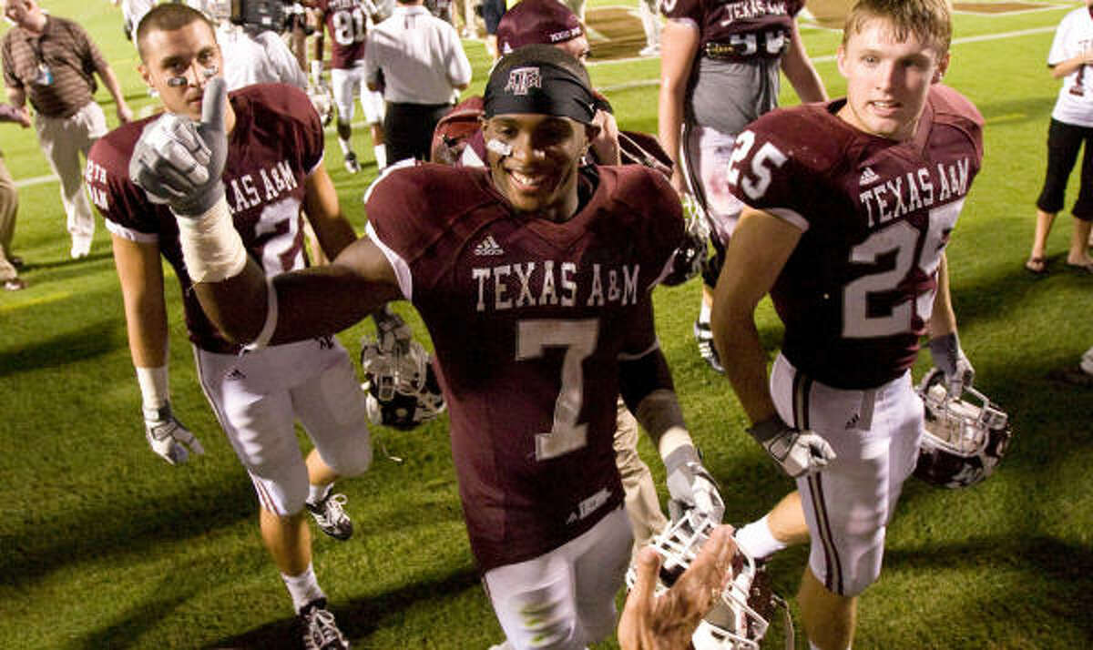 Texas A&M wide receiver Uzoma Nwachukwu (7) started for the Aggies as a freshman and went on to make the practice squad in the NFL. He's currently on ABC's